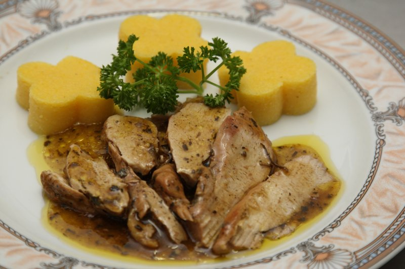 Hotel Restauran to to Piedmont, Guinea fowl with Marsala