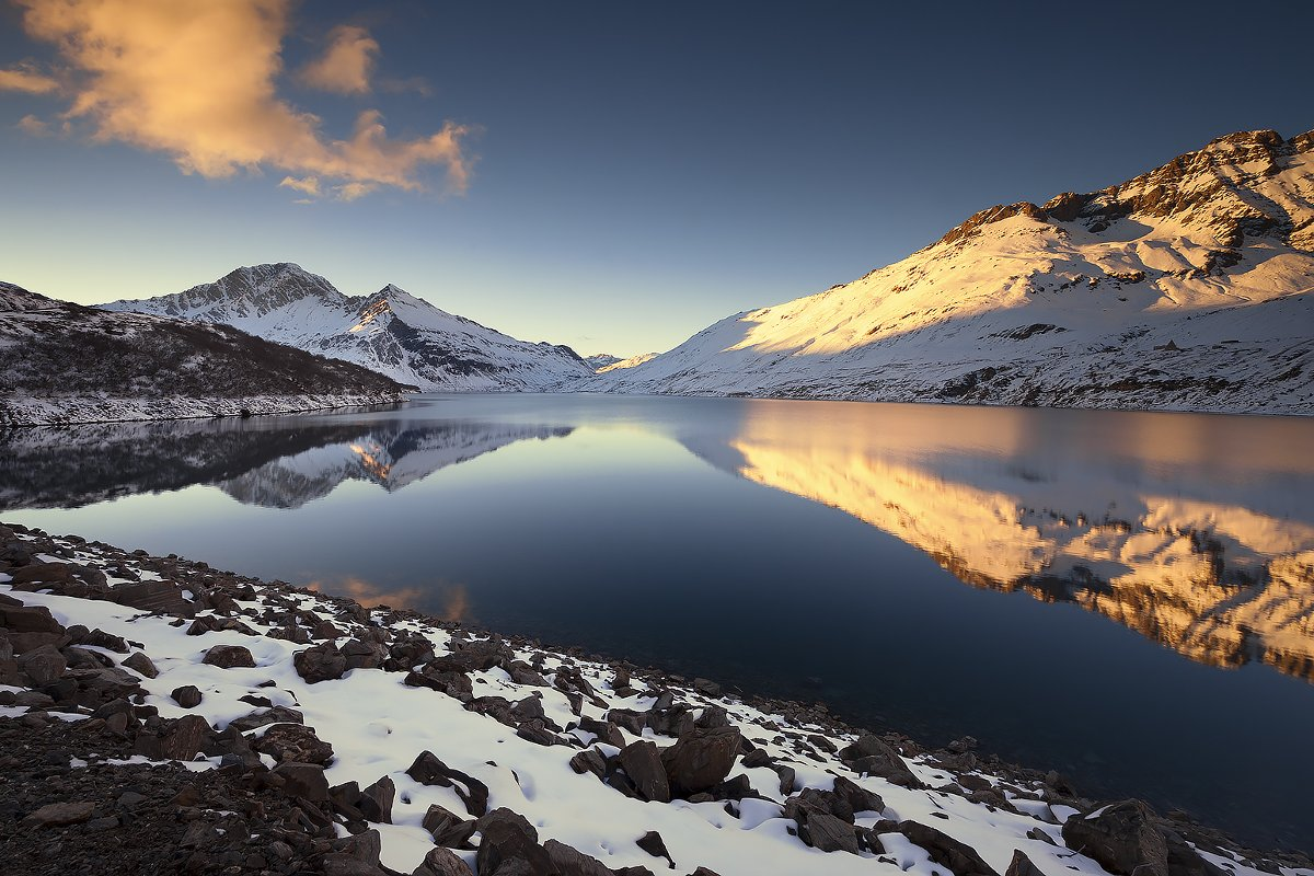 Lake of Moncenisio -winter-